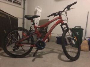 CCM MENS BIKE MINT CONDITION FOR CHEAP PRICE!!!