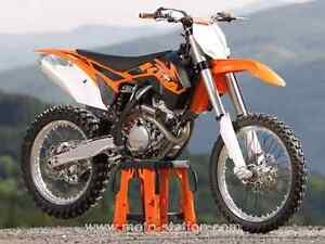 Comme neuf!! KTM 350 - Under 15 hrs ride!!