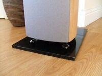 Stand Granite Speaker Plinths