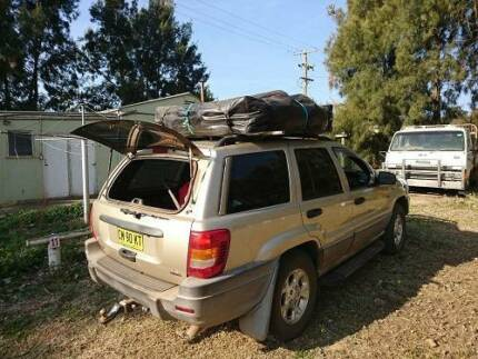 jeep Grand Cherokee 2001 4wd, ROOFTENT, 5 SEATS
