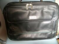 DELUXE LEATHER LOOK BLACK SHOULDER/COMPUTER BAG