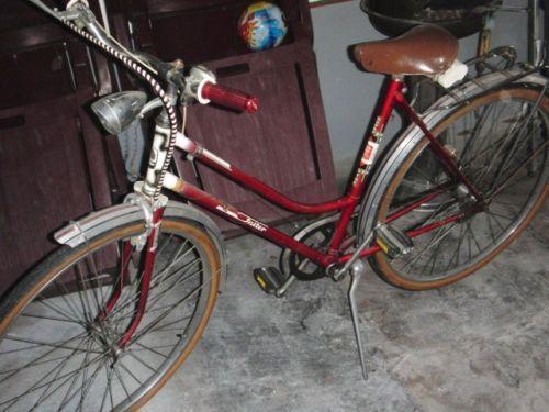 oldtimer damenfahrrad fahrrad ebay. Black Bedroom Furniture Sets. Home Design Ideas