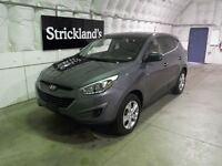 2015 HYUNDAI TUCSON GL AWD  |Room for the entire family|