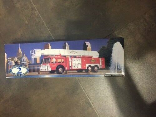 SUNOCO 2nd Series Aerial Tower Fire Truck 1995 Collectors Edition Marcus Hook 94