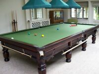 Immaculate condition Full size riley snooker table with extras