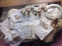 BABY BRUIN GORGEOUS NURSERY SET COST £55 CURTAINS/WALL HANG/LIGHT/MOBILE CREAM, GREEN AS NEW £15ONO!