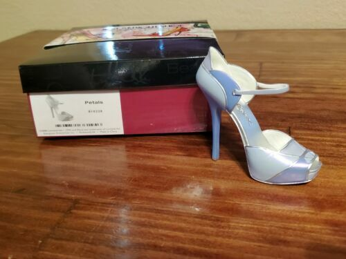 Just The Right Shoe By Raine Petals 810228