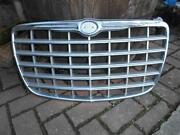 Chrysler 300C Emblem