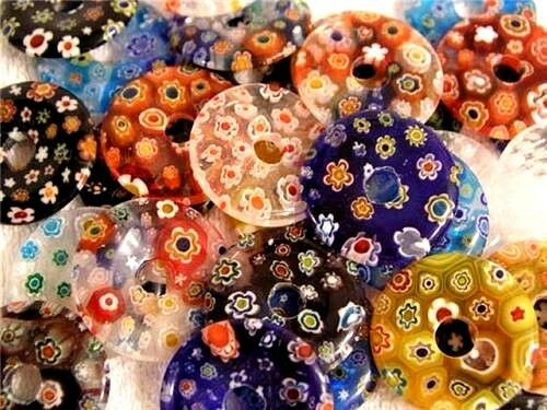 Millefiori style doughnut bead pendant flower pattern 1.5 inch 6 piece lot