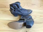 Ladies Cowboy Boots Size 5