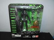 Alien vs Predator Toys
