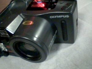 CAMERA OLYMPUS INFINITY SUPERZOOM 300