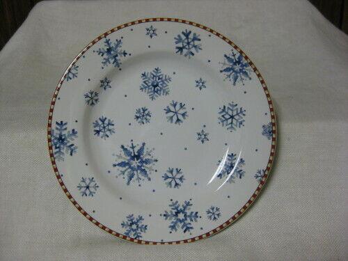 "8 Sakura Debbie Mumm Snowflake Salad Plates 8 1/4"" Blue & White Snowflakes"