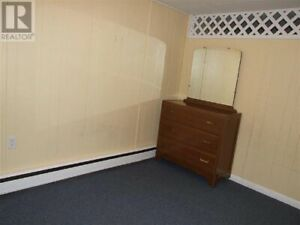1 Bedroom Apartment For Rent (Everything Included)