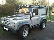 Land Rover Defender 90 Silver