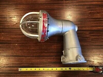 Vtg Killark Explosion Proof Light Hb-1 150 B641967 Nos