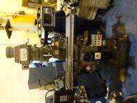XYZ KRV PRO 3000 - TWO AXIS CNC TURRET MILLING MACHINE YEAR 1997