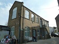 Live work unit to rent in converted Victorian warehouse 650 sqft with 2rooms in EN5 High Barnet