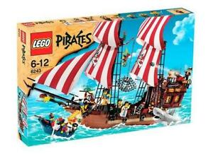 Brand New sealed Lego 6243 Pirates Brickbeard's Bounty  Ship