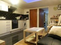 2 bedroom property in the heart of Nuxley Village with ELECTRICITY & WATER INCLUSIVE.