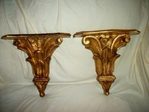 ITALIAN FLORENTINE GILT CARVED WOOD SCONCES SHELVES PAIR VINTAGE MID CENTURY