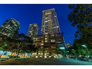 Yaletown Park 3 - West facing 1 bedroom and den with open city