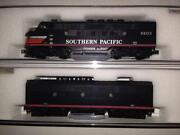 N Scale Southern Pacific Locomotive