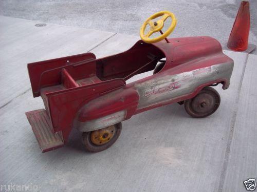 Fire Truck Pedal Car: Vintage Fire Truck Pedal Car