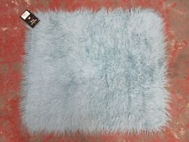 FAUX FLOKATI RUG - DUCK EGG BLUE - 75 x 95 cm - ONLY £10