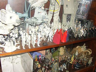 Das Imperium im Glasschrank: Wer träumt nicht von so einem Stormtrooper-Battalion? (© Wolfgang Bahro)