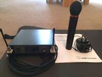 Audio Technica UHF Wireless Microphone - Great condition and crystal clear sound