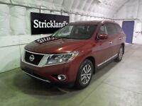 2014 NISSAN PATHFINDER SL PREMIUM V6  |Large and in Charge|