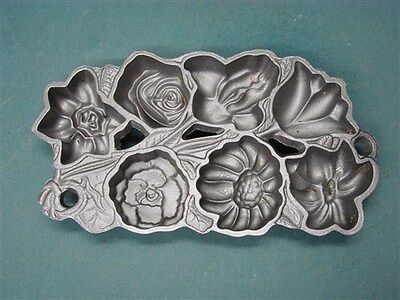 John Wright #2 Cast Iron Flower Mold 7 Cavity Shortbread Cookie Pan 1991 Vintage on Rummage