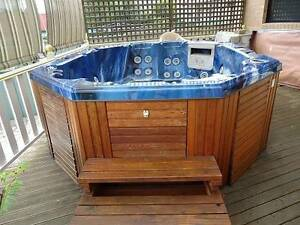 HOT SPA JACUZZI Earlwood Canterbury Area Preview