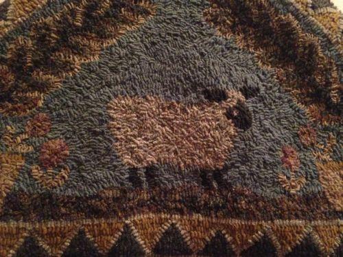 Can vintage hook rug