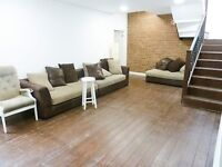 Live Work Unit to rent 130 sqft in shared 2900 sqft warehouse with shower/toilet in N4 Manor House