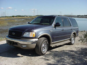Parting out 2002 ford expedition truck 4x4 5.4 motor