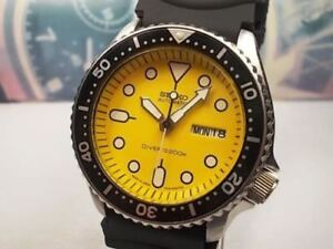 SEIKO 200M SCUBA DIVERS DAY/DATE 21J MANS AUTOMATIC WATCH