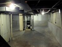 Excellently located Storage Space Warehouse for rent in Woodford Green - call 020 3355 0908
