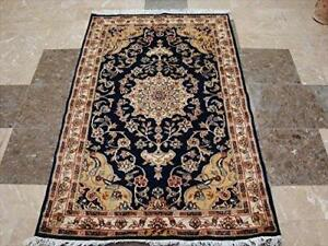 Awesome Navy Blue Floral Medallion Area Rug Hand Knotted Wool Silk Carpet (5 x 3)'
