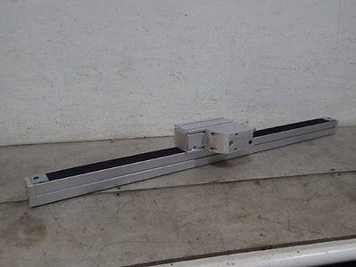 New Festo Dgea-25-700-zr-ghr195612 H108 Linear Actuatorboxyk