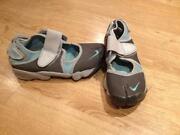 Nike Toe Trainers