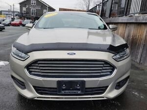 2016 Ford Fusion SE / 2.5L I4 / Auto / FWD