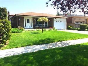 2 bed + den (private bar) house for rent in Mississauga