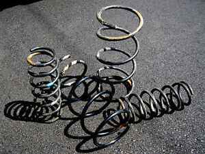1995-99 Nissan Maxima stock suspension springs
