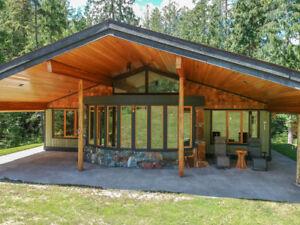 Kaslo House & Acreage for sale:  2 bedroom 1,576 sq.ft.