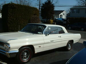 Looking for a 62 Pontiac hardtop or convertible