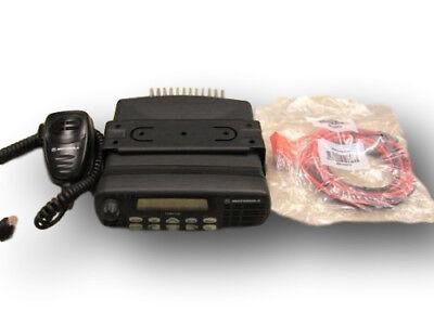 Motorola Cdm1550 Vhf 45 Watt 128 Ch 136-174 Mhz
