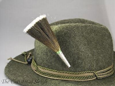 German Austrian Bavarian Hunter Jäger Oktoberfest Goat Brush Traditional Hat Pin
