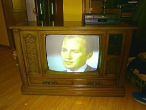 ISO old cabinet tv not working ok!
